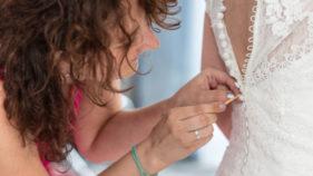 Brautkleid Knüpfen Hochzeitsfotografie