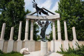 Denkmal zu den Opfern der Deutschen Besetzung in Budapest