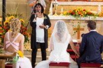 Sara-Jane an Hochzeitstrauung